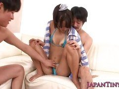 Tiny Japanese squirts in threeway fuck