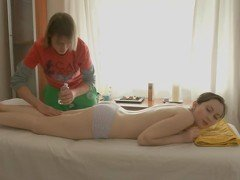 Teen gets rubbed by a big-dicked masseur